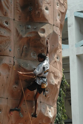 17th_South_Zone_Sports_Climbing_Competition_Junior_Boys_In_Action3