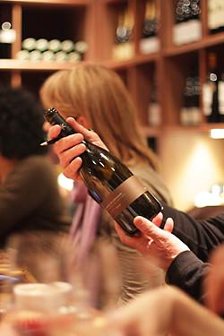 Ô-Chateau Wine Bar in Paris