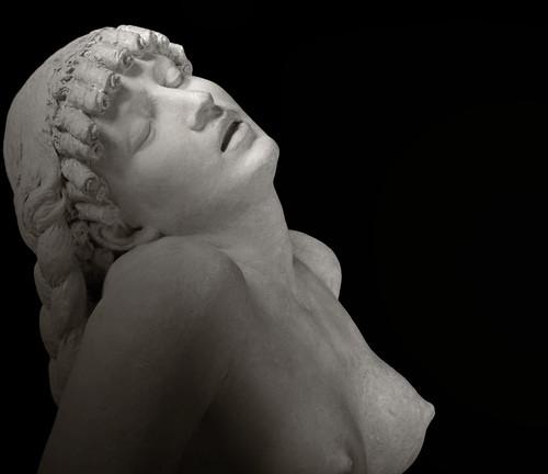 Cléopâtre by Yvan LEMEUR