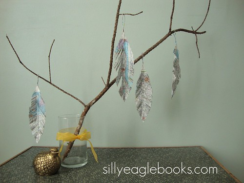 map feather tree ornaments
