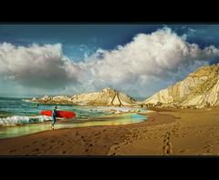 Larrabasterra III (agural) Tags: blue sea sky beach yellow azul stone clouds sand nikon surf wave playa arena cielo nubes olas rocas ocre orilla surfista tabladesurf mygearandme mygearandmepremium mygearandmebronze mygearandmesilver dblringexcellence tplringexcellence agural artistoftheyearlevel2