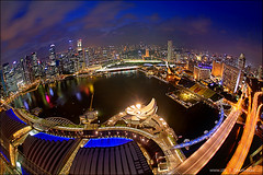 Marina Bay Sands rooftop (jzsfotografix) Tags: rooftop singapore esplanade floatingplatform merlion mbs shentonway singaporeskyline benjaminshearesbridge helixbridge marinabaysands artsciencemuseum
