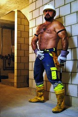 stocky swiss worker at home 11.11.11 (Farmerbaer) Tags: hardhat hairy beefy burly buff bearded sturdy rubberboots rugged gummistiefel builder brawny constructionworker muscled bauarbeiter hairychested stocky swissworker