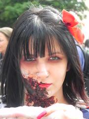 ZombieWalk 2011 (Vanderlei Gomes Fotografia :-]) Tags: brazil woman girl brasil dead living tv blood zombie walk corte mulher dia na teen dos urbana paulo tatoo sao menina cena so vivo morto sangue zumbi tatuagem panico cicatriz mortos zombiewalk citycity
