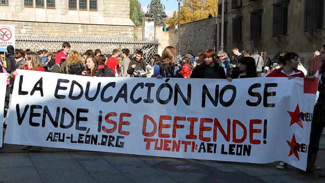MANIFESTACIÓN POR LA EDUCACIÓN PÚBLICA - LEÓN 17.11.11
