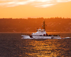 The USCGC Terrapin (metadata man) Tags: seattle sunset coastguard water boat washington cool wake ship south vessel motors wa pugetsound uscg alkipoint nleaf wpb87366 uscgcterrapin uscoastguard87patrolboat