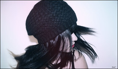 Funeral of hearts. (BHF Photography) Tags: portrait selfportrait motion girl face hat hair chica gorro retrato cara movimiento beret autorretrato boina pelo