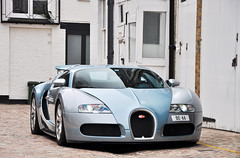 Veyron #Explored (ThomvdN) Tags: