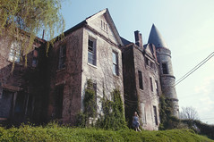 (yyellowbird) Tags: house abandoned girl kentucky chloe louisville mansion