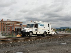 Dapco Rail Inspection Car No. DRS-23 (Slider Jake) Tags: spokane mow hirail highrail trackinspector drs23