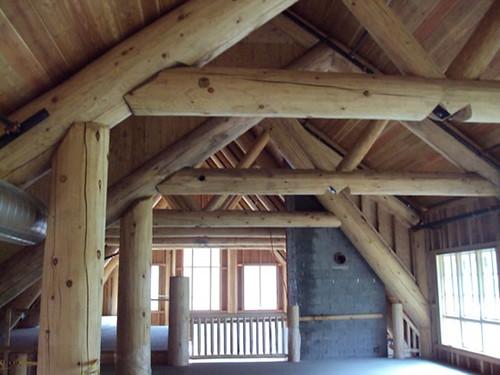 Raven Hut Lodge indoors