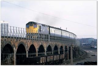 Class 27 27002 Dundee 19/3/82