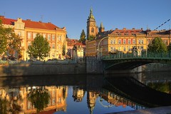 Hradec Kralove (beyondhue) Tags: sunset white reflection tower fall river republic czech stare vez bila mesto hradec labe kralove beyondhue