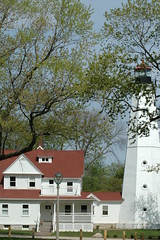 2009 (chicago_bear) Tags: lighthouse milwaukee 2009 lakepark
