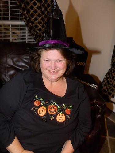 fb 11-10-31 Halloween 2-15