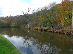 Canal in autumn (jrw080578) Tags: autumn trees reflections canal saddleworth huddersfieldnarrowcanal