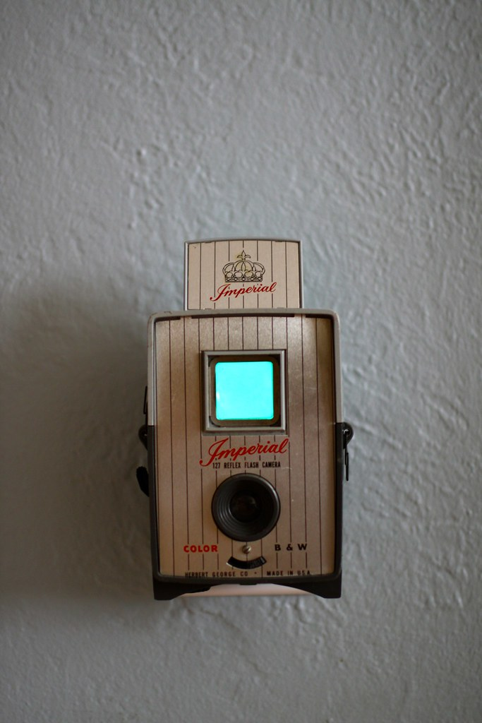 Vintage Camera Nightlight - Imperial Reflex