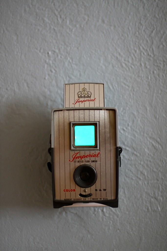 Vintage Camera Nightlight - Imperial Reflex