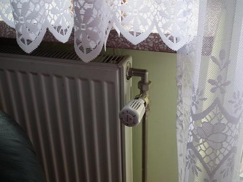 Grzejnik z głowicą termostatyczną