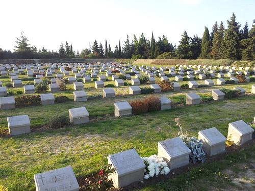 Angol-ausztrál-új-zélandi temető... Egy a sok közül