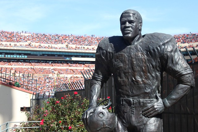 The statue of football great (and Texas alumni) Earl Campbell at Darrell K Royal Stadium