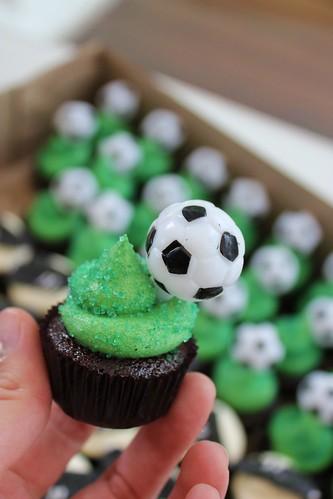 Soccer Mini Cupcakes