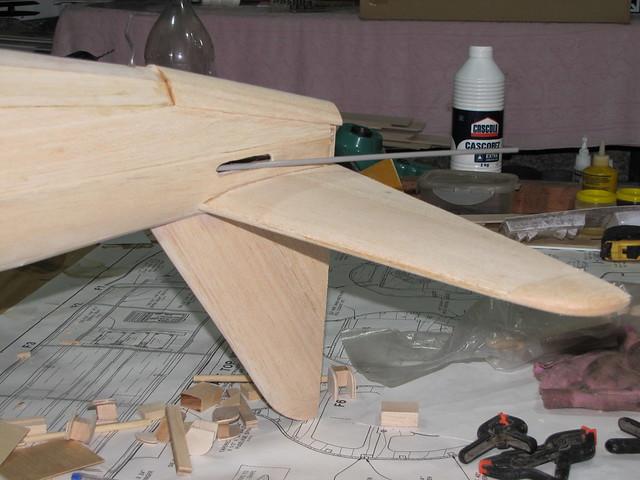 Montagem gratificante P-47 Thunderbolt Do Kit ao AR - Página 2 6266282648_63fa2e15e4_z