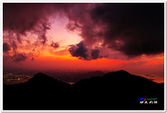 SDIM0267 ( or Jeff) Tags: sunset mountain nature water colors night clouds coast landscapes twilight place shot taiwan sigma explore  taipei   1020mm  discovery   scenes   afterglow foveon landscap  x3     glimmering 18200mm    datun  sd15