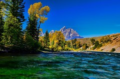 DSC_1738 (rhamid) Tags: mountains fall nature water river landscape nikon fallcolors snakeriver grandtetons tetons tetonnationalpark
