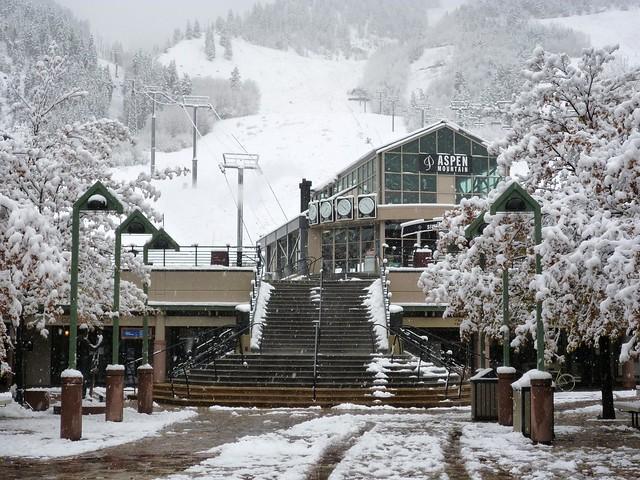 Aspen Mtn SNOW! Oct 26