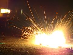 Chakree 2 (Adrakk) Tags: india festival fireworks cracker diwali firecracker ptard inde feudartifice pataka dipavali