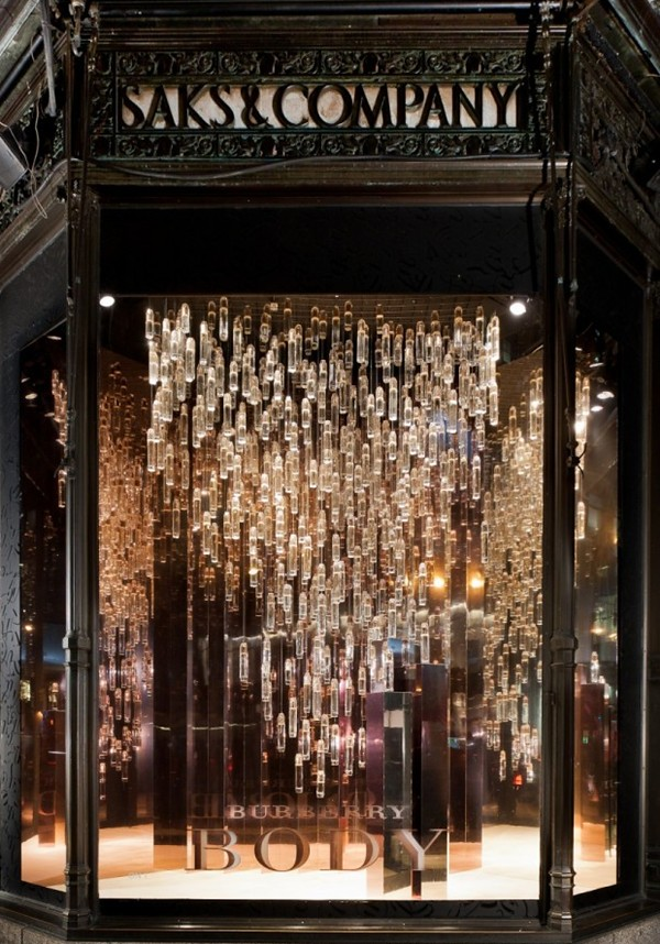 7 opening-Burberry windows at Saks Fifth Avenue New York5