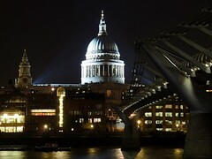 Millennium Bridge & St. Paul's Dome (Sir Francis Canker Photography ) Tags: christmas xmas uk longexposure england reflection london tower clock tourism rio thames architecture river puente navidad arquitectura cityscape torre tour cathedral dusk fiume perspective catedral stpaul landmark icon millenniumbridge illuminated ponte most dome reflejo londres nocturna reloj pont duomo olympics nuit londra cupula notte scenics touristic fleuve olympicgames tamesis juegosolimpicos jjoo tamise touristdestination tz10 zs7 joolimpiadi