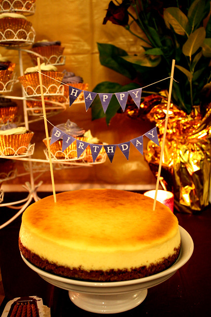 30th Birthday: Golden-Violet - Dessert & Party Table Theme - New York Style Cheesecake
