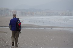 Walking down the beach (Dbennison) Tags: ocean chile trip travel november cold beach wet water america fun la pentax south adventure backpacking rainy da serena sa k5 laserena 2011 1650m