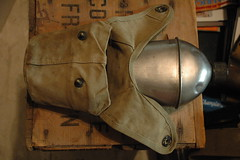 WWII (USMC) canteen and cover (340mgb) Tags: usmc wwii cover canteen