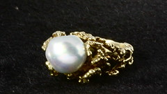 4053. Freshwater Baroque Pearl and 14KT Ring