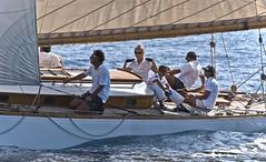 Ne pas faire de vagues (Rideuz') Tags: sea mer sports danger race boat nikon d70 nikond70 sttropez course sail bateau vague sainttropez rgate voiliers 2011 voiles quipage sportsnautiques