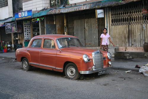 6351728453 a4a667ba19 Impresiones de Birmania (1): y la vida sigue