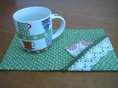 Mug Rug (Zion Artes por Silvana Dias) Tags: caf patchwork caneca ch mugrug tapetedecaneca