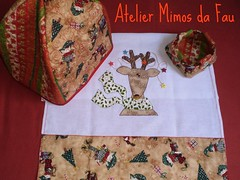 Mimos Troquinha!!!!!! (Atelier Mimos da Fau) Tags: natal quilt patchwork cestinha troquinha panodecopa portapanetone patchaplique