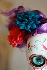 peek (Kittytoes) Tags: dayofthedead skull doll sugar diadelosmuertos peek blythe commission calavera sneak melancholykitties