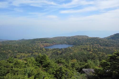 高見石から見た白駒池 2011年10月11日1053 by Poran111