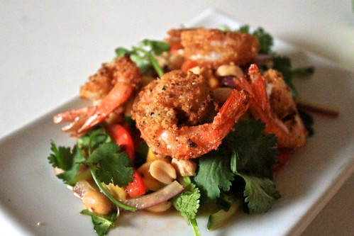 Almond Crusted Shrimp and Mango Salad (II)