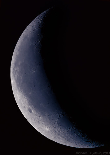 Early morning blue Moon 221011 by Mick Hyde