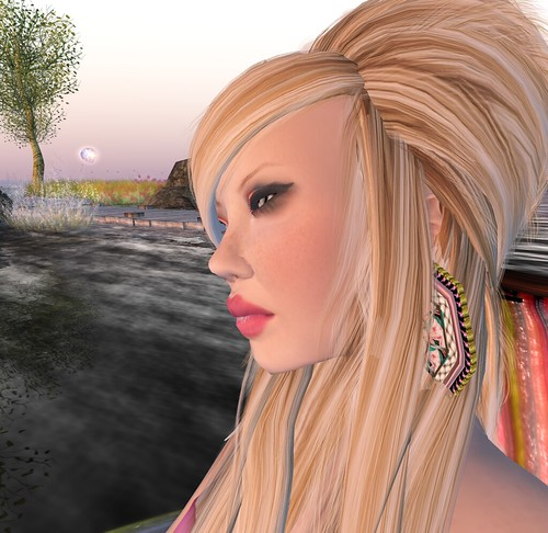 Black Kite Action Trudy Hair Skintimate skin