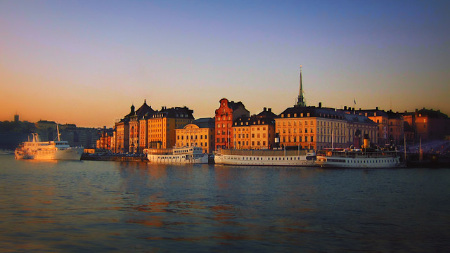 Sunrise - Stockholm - 2011 by Scott Loftesness