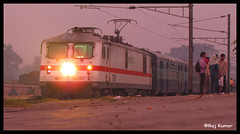 Dhanbad-Sindri Passenger (Raj Kumar (The Rail Enthusiast)) Tags: canon indian passenger railways raj abb sindri kumar dhanbad 30201 wap7 navkiran sx30is