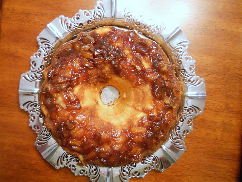 pineapple upside down pound cake 008