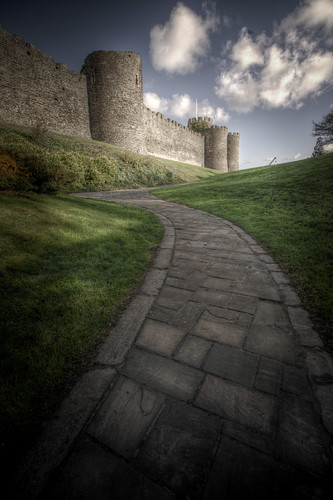 824/1000 - Path up to Conwy Castle by Mark Carline